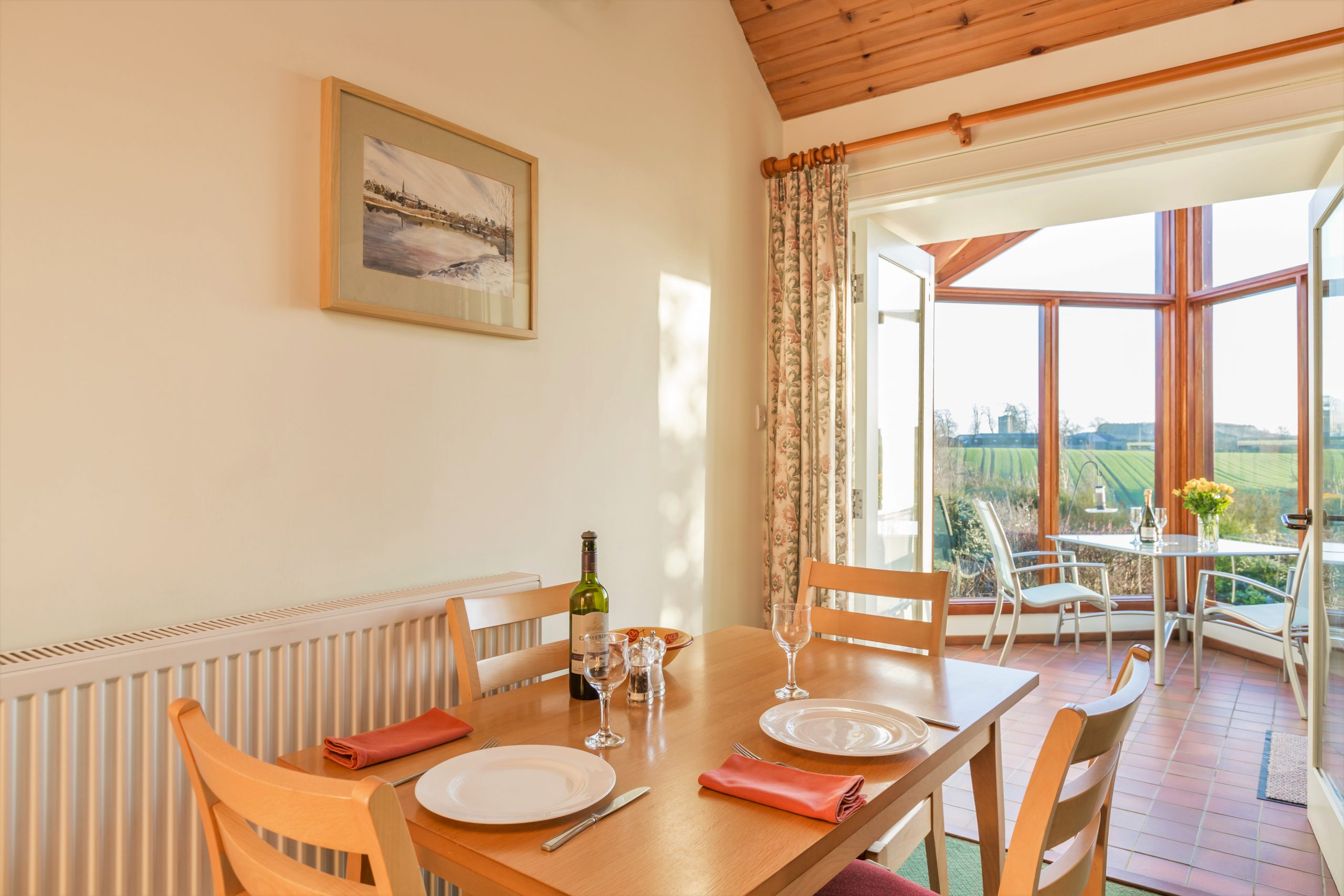 Cottage dining area
